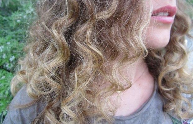 Cheveux-retouches